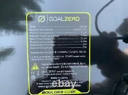 Objectif Zero Boulder 100 Mallette 100 Watts Panneaux Solaires + Câble De 8mm 30ft Inclus