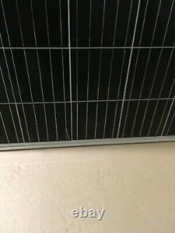 Panneau Solaire De 385 Watts Fabriqué Par Crossroads Solar Quelques Imperfections